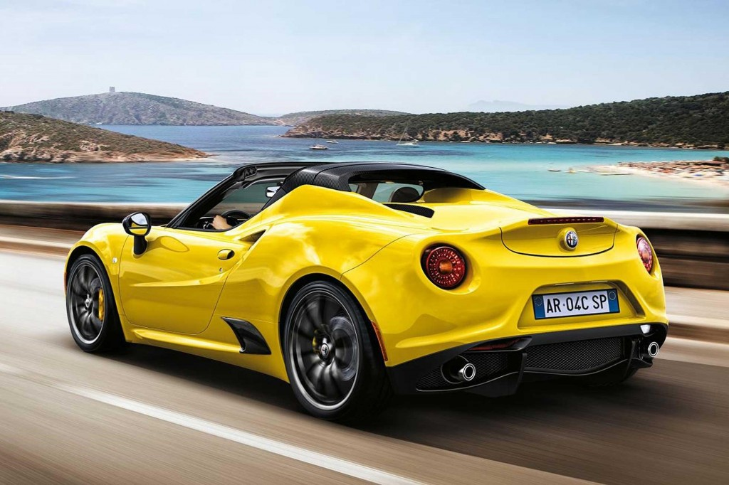 The Reviews are in for the Alfa Romeo 4C Spider